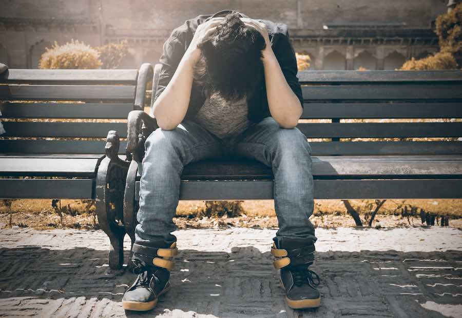 Co warto wiedzieć o problemie samookaleczania wśród nastolatków