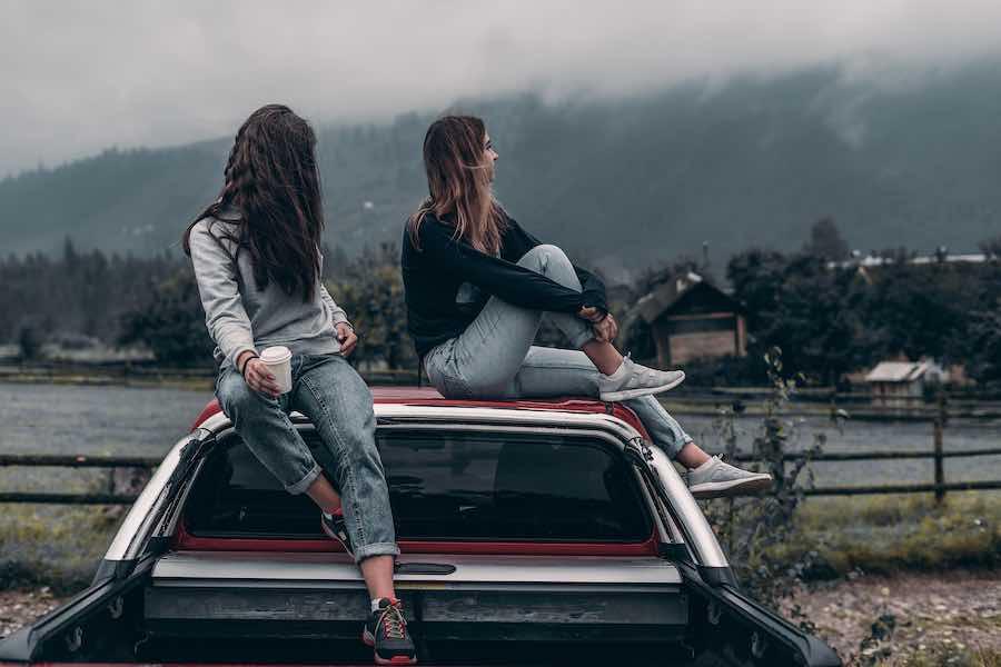 4 powody, dlaczego nastolatki chcą i potrzebują czasu w samotności