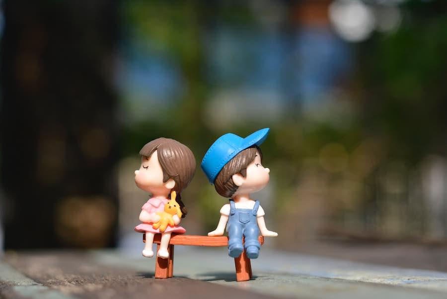 Dlaczego niektórzy tak szybko tracą zainteresowanie swoimi partnerami?