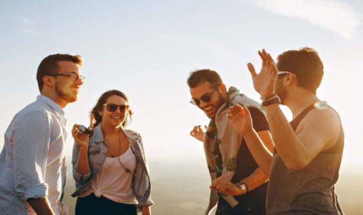 Co zrobić, by przyjaciele nie byli zagrożeniem dla twojego związku?