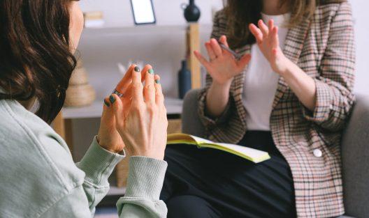 Główne nurty psychoterapii: jakie są i czym się od siebie różnią?